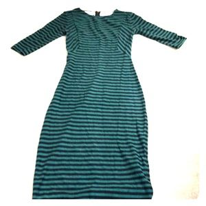 🍰Sale! Zara green and black striped midi dress